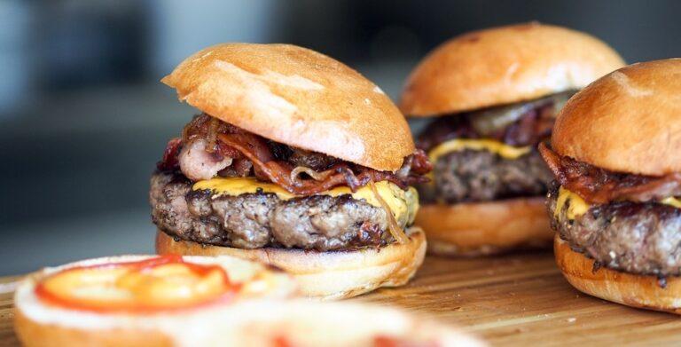 Google CEO Prioritises Cheeseburger Emoji